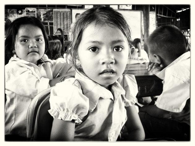 meisje in school in Poipet