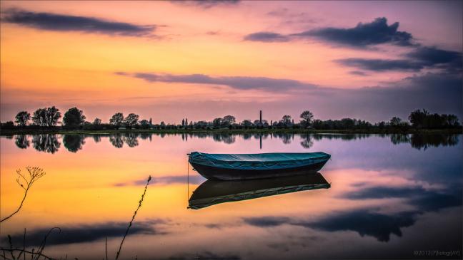 Oude Waal in Twilight