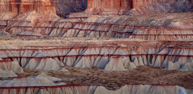 Rode sedimentlagen in Coal Mine Canyon