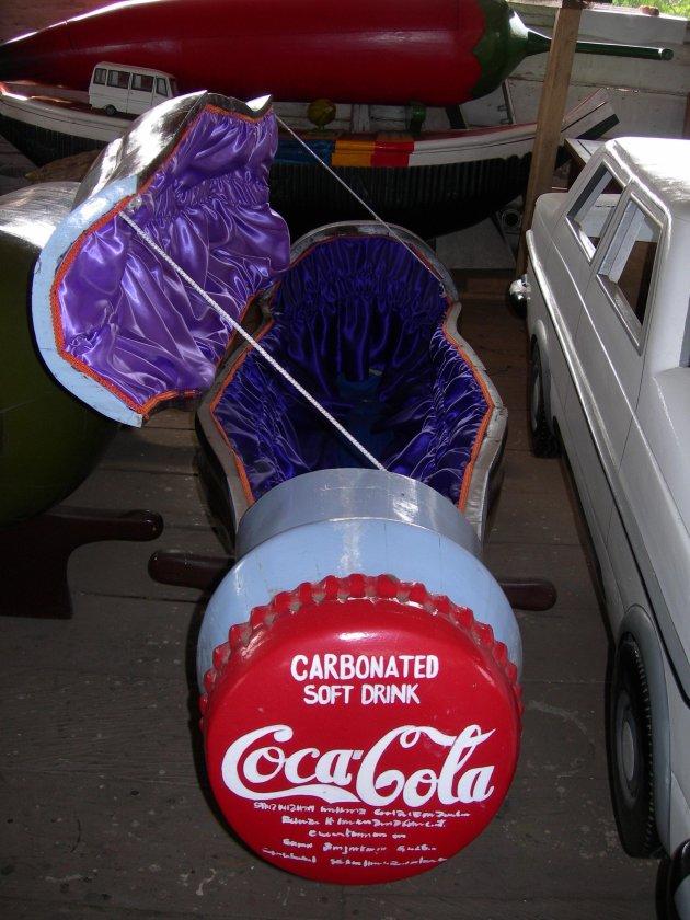 Coca Cola lijkkist.