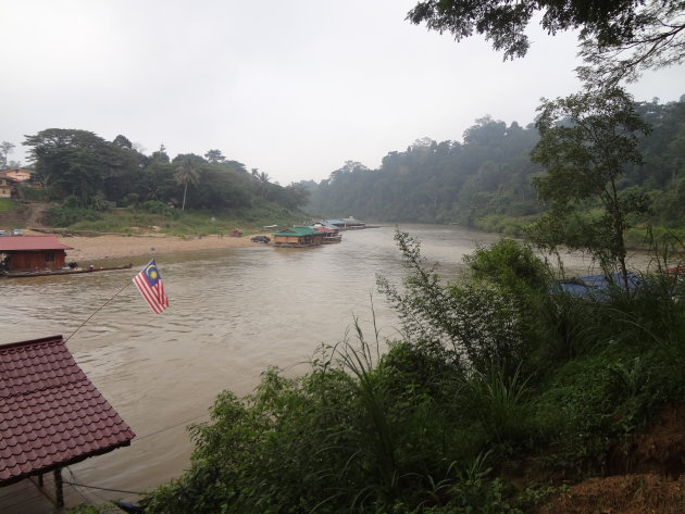 Kuala Tahan, Floating Restaurants
