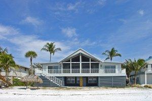 Huis aan het strand
