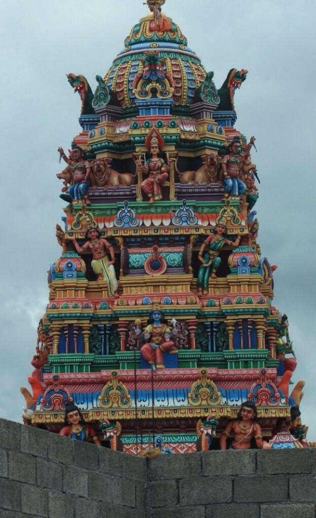 Een van de vele tempels