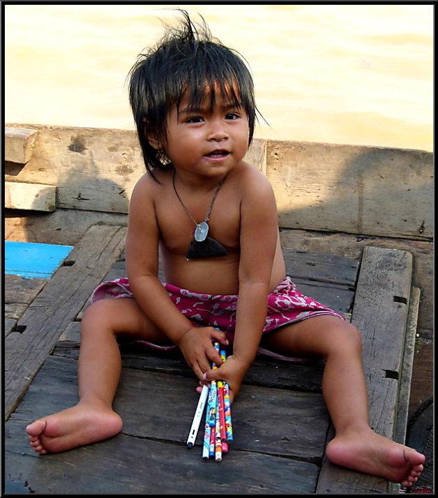 Potloodventje langs Tonlesap