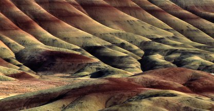 De geschilderde heuvels in het John Day Fossil Beds National Monument