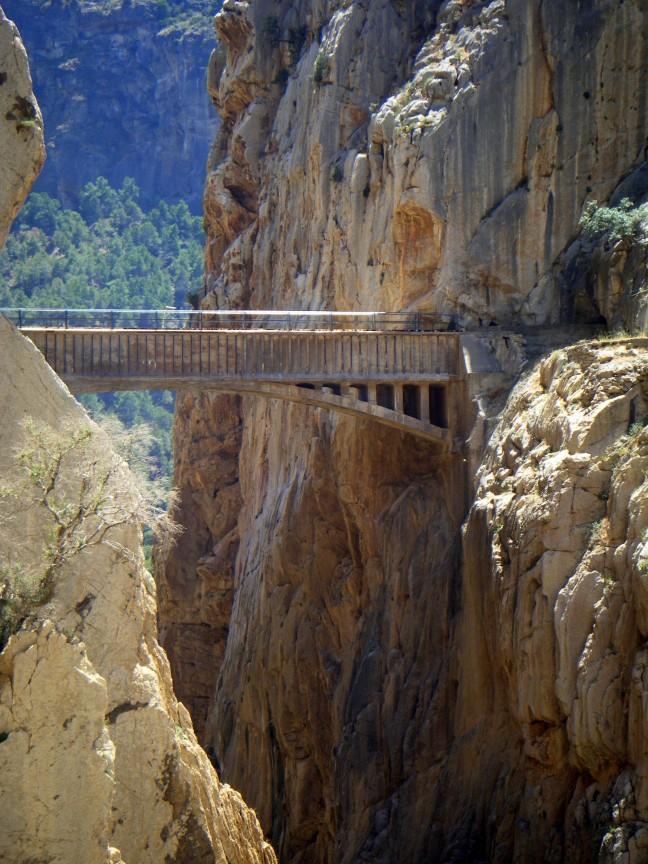 Brug boven de El Chorro kloof
