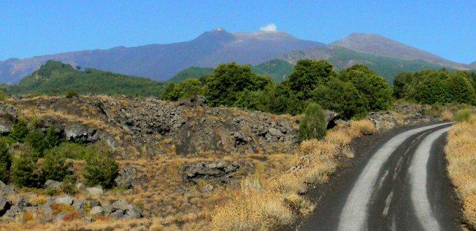 weg naar de Etna