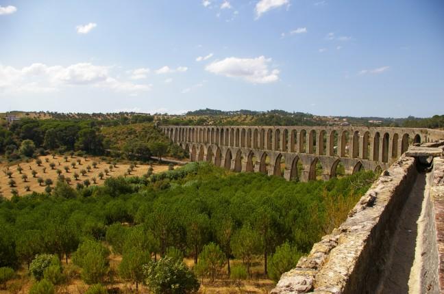Historisch aquaduct van Tomar