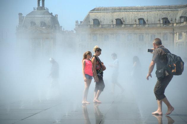 mist en water op de boulevard van Bordeaux