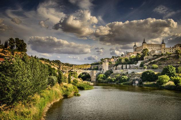 Toledo: Puente de Alcantara en Alcazar