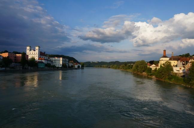 Avondstemming aan de Donau