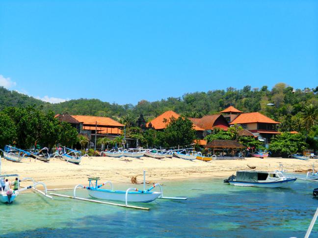 Leaving paradise (Kuta, Bali, Indonesia)