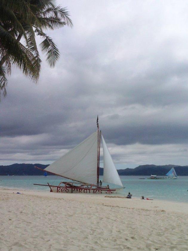 Red Pirates zeilboot -  Boracay