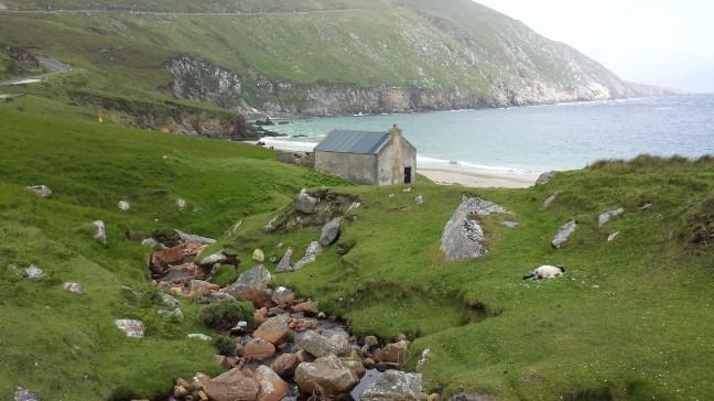 Keem Bay op Achill Island in Ierland