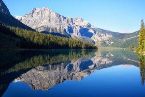 Emerald Lake Spiegeling