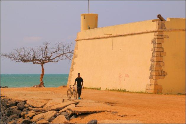 fietsen naar het fort