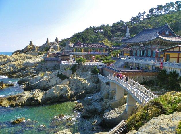 Tempel aan zee nabij Busan