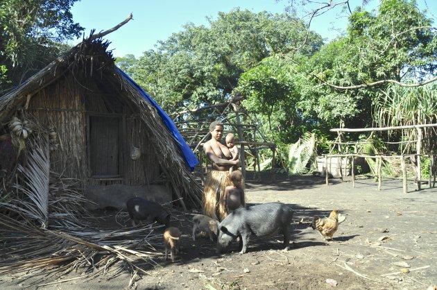 afgelegen traditioneel dorp Yakel