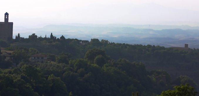 De heuvels bij Volterra