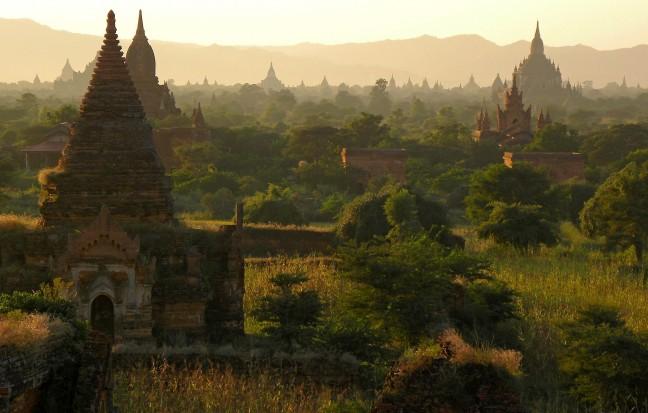 De vlakte van Bagan