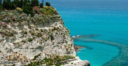 Santa Maria dell'Isola bij Tropea