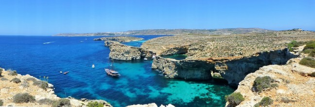 On the Edge of Comino