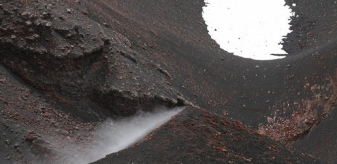 Lava, sneeuw en stoom