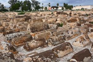 Oude Joodse wijk Mellah en begraafplaats