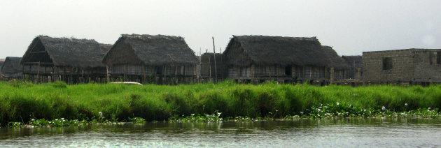 Aguégués  een vergeten palendorp in Benin