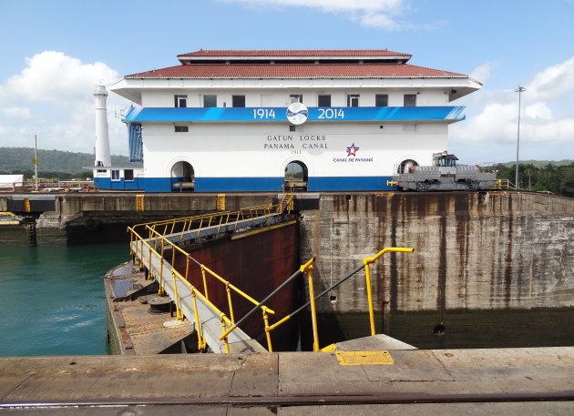 Hieperdepiep, feest in het Panamakanaal.