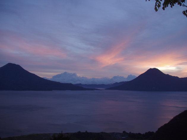 Het meer van Atitlan