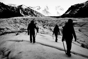 Wandelen op een Gletsjer in IJsland