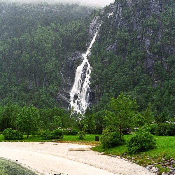 '488789' door watervallen-europa