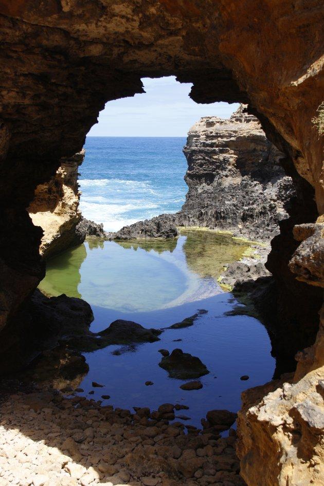 The Grotto: prachtig kleurenspel (met weinig toeristen)
