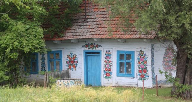 Bloemschilderingen in Zalipie