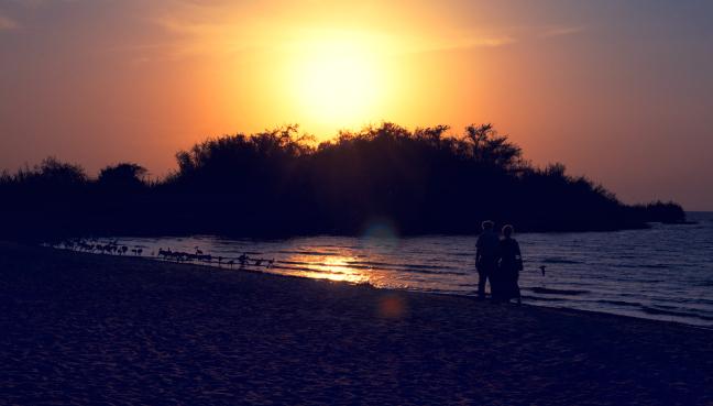 Romantische zonsondergang bij Lake Victoria