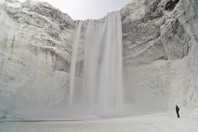 De Skógafoss: zo dichtbij, zo groots
