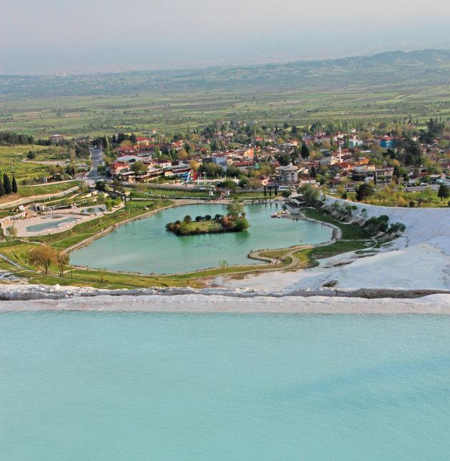 Uitzicht over Pamukkale