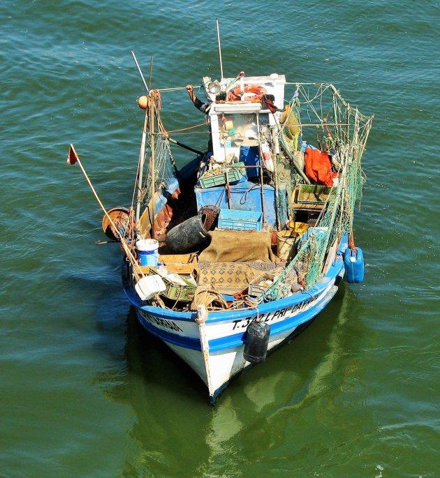 Vissersbootje op de Rio Gilao