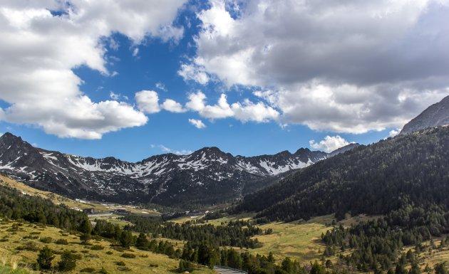 Uitzicht op de bergen in Andorra
