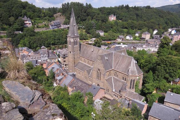 De kerk van La Roche-en-Ardenne