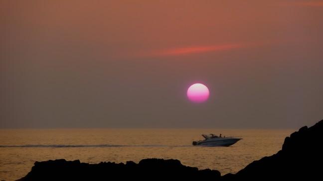 Zon in de zee  zien zakken