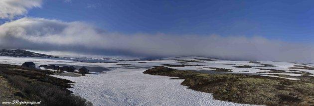 Sneeuw, mist en ijs