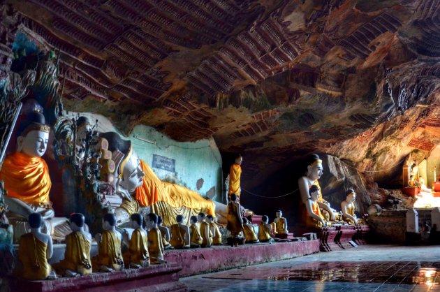 De grot van de duizenden Boeddha's