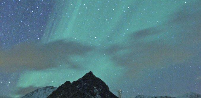 Noorderlicht boven Nyksund