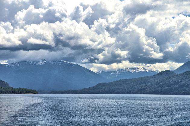 Op het Lago Lacar