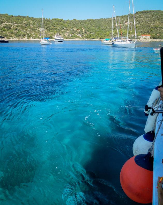 Zwemmen in heerlijk helder blauw water