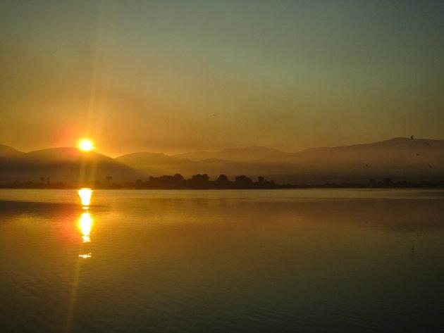 Een zonsopkomst op het mooie Lefkas