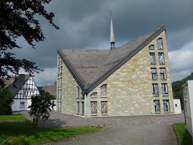 Modern kerkgebouw
