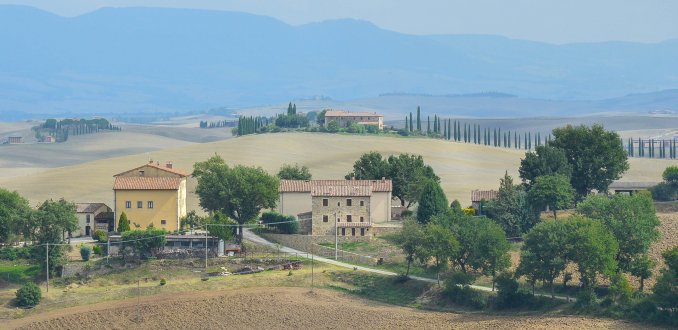 Glooiende heuvels in Val d'Orcia